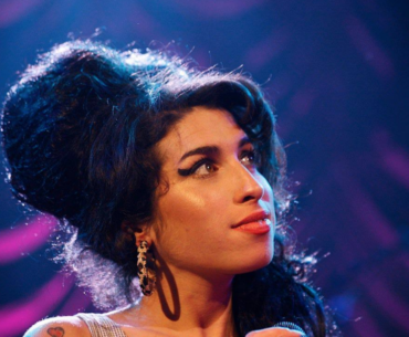 Amy Winehouse Singing