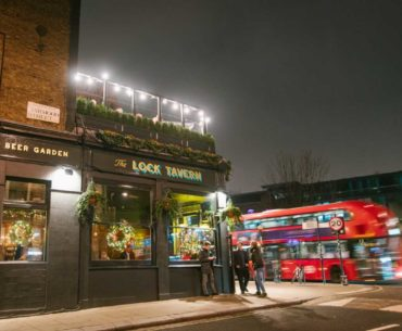 lock tavern outside